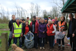 litter picking team March 17 (1)